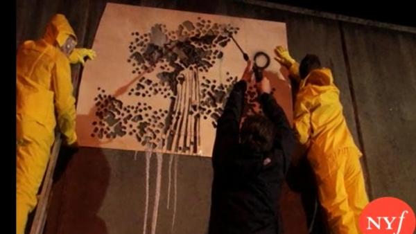 Nghệ thuật Graffiti đường phố - Reverse Graffiti